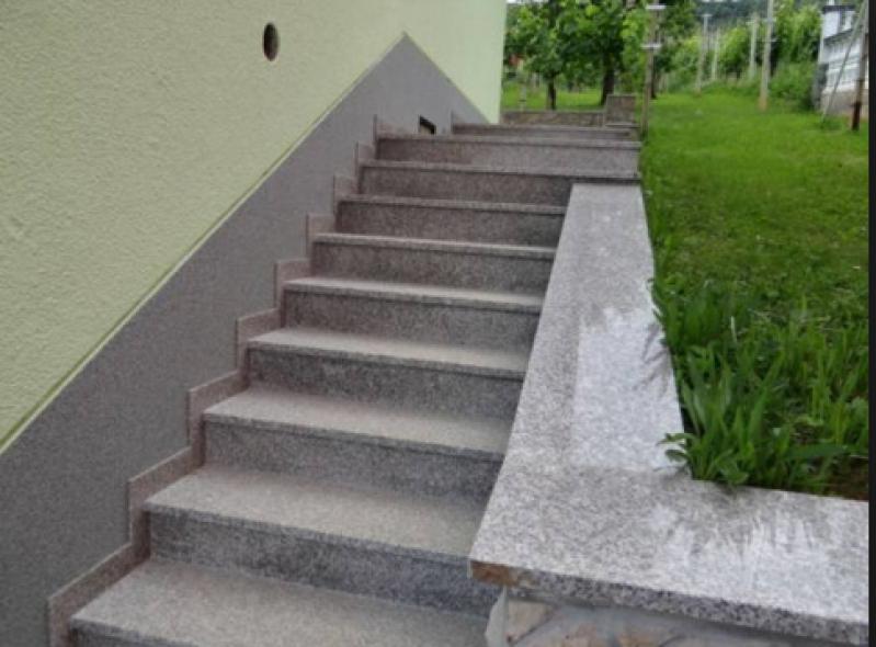 Construção de Escada Exterior Recanto Bom Jesus - Escada Granito