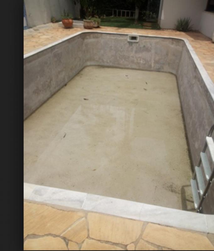 Construção de Piscina em Alvenaria Água Chata - Construção de Piscina Elevada