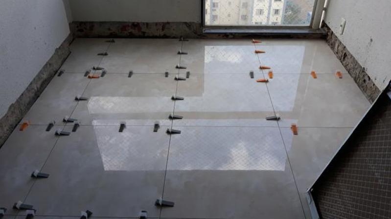 Empresa para Colocação de Piso Cerâmico Aricanduva - Colocação de Pisos de Concreto