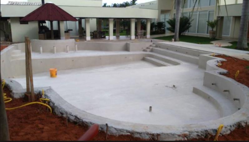 Orçamento para Construção de Piscina Grande Parque Peruche - Construção de Piscina em Alvenaria
