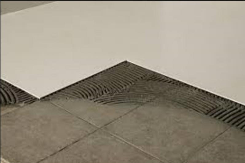 Serviço de Colocação de Piso Cerâmico Vila Formosa - Colocação de Pisos Cimento Queimado