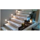 construção de escada entrada residencial Serra da Cantareira