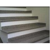 construção de escada granito Vila Barros