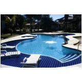 construção de piscina grande
