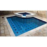 construção de piscina pequena