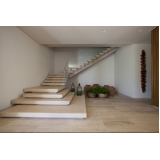 escadas entrada residencial Água Chata