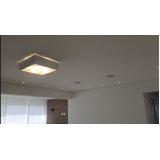 instalação de luminária de sobrepor