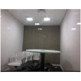 instalação luminária em apartamento
